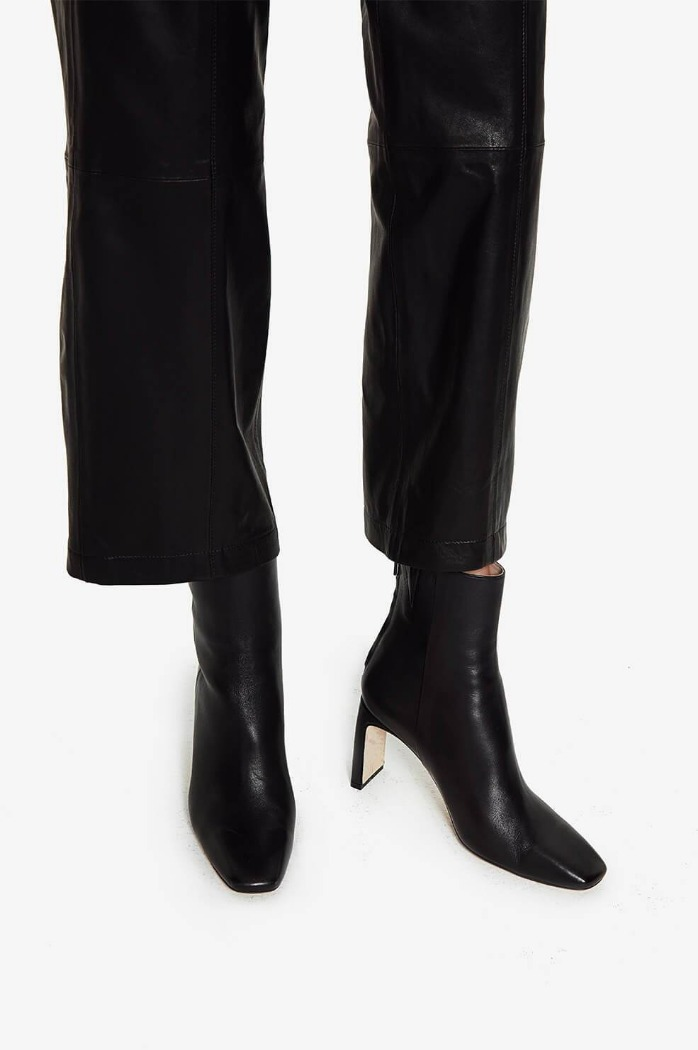 [anine bing]GIANNA BOOTS IN BLACK