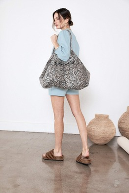 [Ragdoll-la]HOLIDAY BAG Blue Leopard